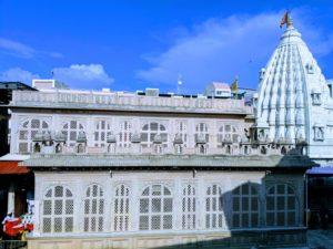 Shegaon Temple